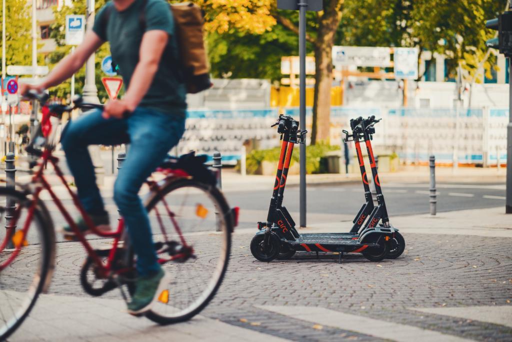 """HOLM und HTAI veröffentlichen Ergebnisse des Fachaustauschs """"Spots on … Mobilitätsbudgets!"""""""